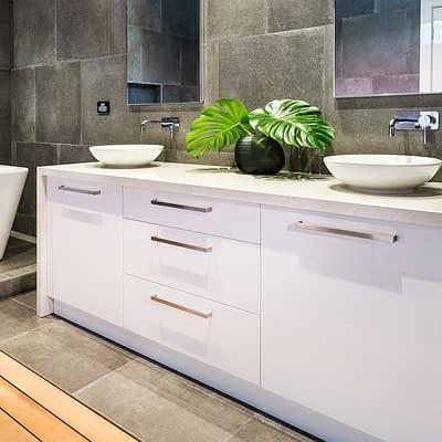 Ivanhoe – Bathroom